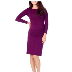 Ingrid and Isabel LS ruched maternity dress
